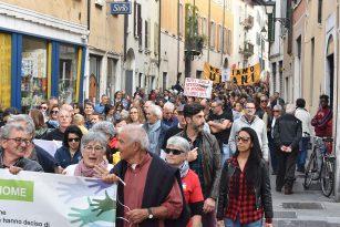 Restiamo Umani in Marcia 2019 | Una Brescia senza confini